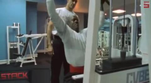 A sus 55, sigue entrenando. En 2013, declaró que iba a bajar su peso de 99 de kilos. No se sabe si lo ha logrado, pero considerando su competitividad, parece posible [RE]