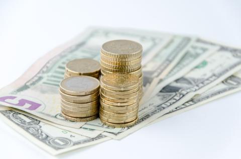 Cómo tributa la inversión en divisas en la renta