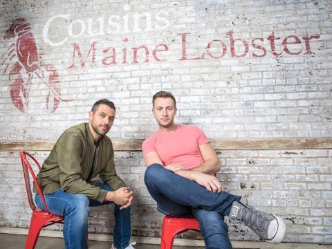 Sabin Lomac, izquierda, y Jim Tselikis son los cofundadores de Cousins Maine Lobster