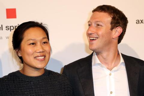 En diciembre de 2015, Zuckerberg anunció que se iba a apostar por la filantropía a lo grande.