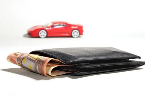 Elegir entre un préstamo y un crédito