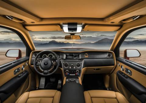 Inside, the Cullinan borrows heavily from the new eighth-generation Phantom sedan.