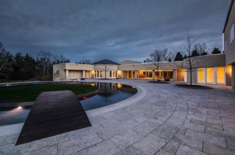 Jordan did try to auction the house in 2013, but the minimum bid of $13 million was never met.