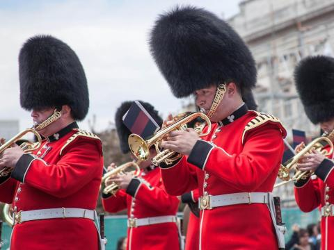 Music — $430,000 (£300,000). An organist and choirs will be on hand for the ceremony, while a DJ and live wedding band will set the mood at the reception. The Ministry of Defense also reportedly ordered $129,000 (£90,000) worth of