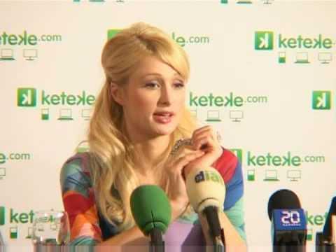 Esta es Paris Hilton presentando Keteke