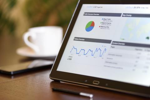 Una tablet con Google Analytics