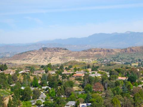 16. Thousand Oaks, California