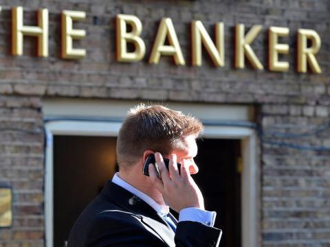 trabajador banco