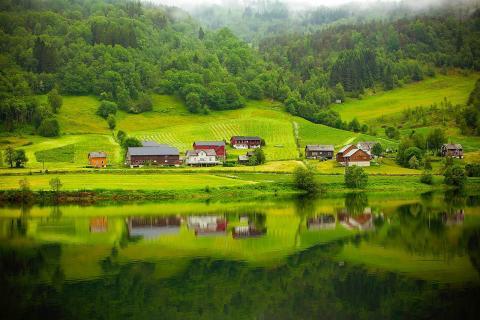 Valle verde en Noruega