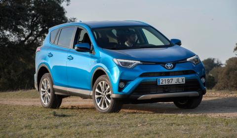 Toyota eliminará el diésel, aunque esta opción sea la preferente entre quienes compran modelos como el Rav-4, que también tiene variante híbrida.