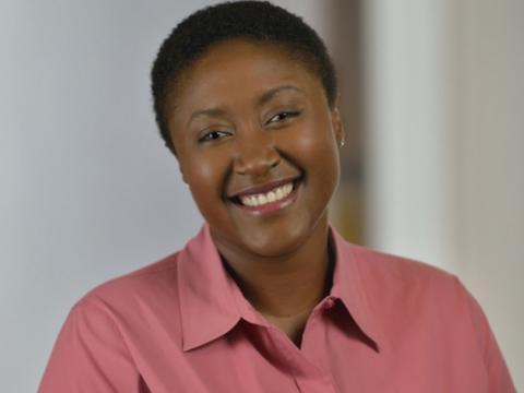 Aicha Evans, vicepresidente senior y directora de estrategia de Intel.
