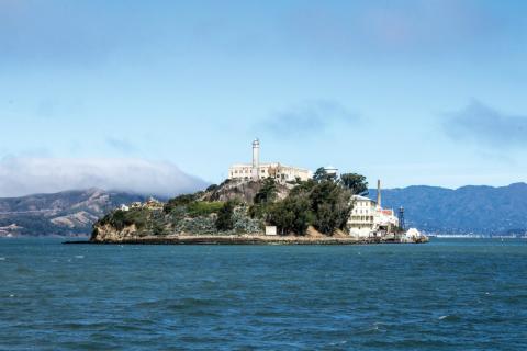 Fotografía de la Prisión de Alcatraz, en California.