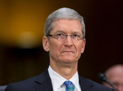 RE El CEO de Apple, Tim Cook.