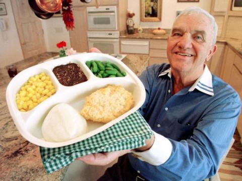 El inventor de la cena de TV, Gerry Thomas.