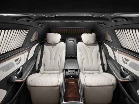 Inside, the Pullman Guard is as luxurious as you would expect from a Maybach limo. The cabin can be made bespoke to fit the needs and tastes of the individual customer. Passengers in the back enjoy private-jet-like legroom and