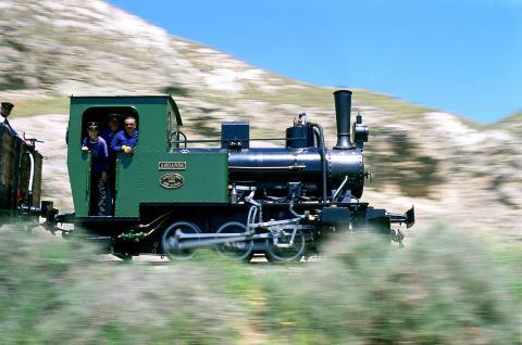 Locomotora Arganda a su paso por Rivas Vaciamadrid