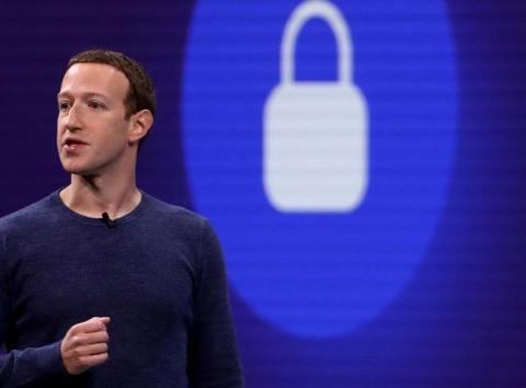 Facebook prueba cuentas premium para sus grupos[RE]