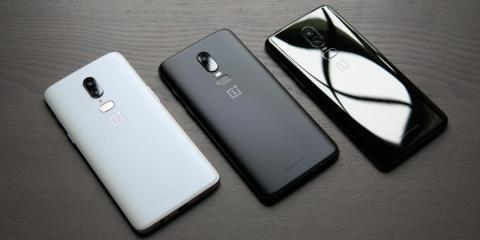 As the much-hyped startup Essential runs into troubles, a smaller company called OnePlus shows the right way to compete with Apple and Samsung