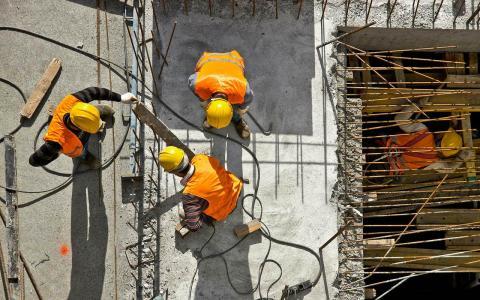 Obreros en la construcción.