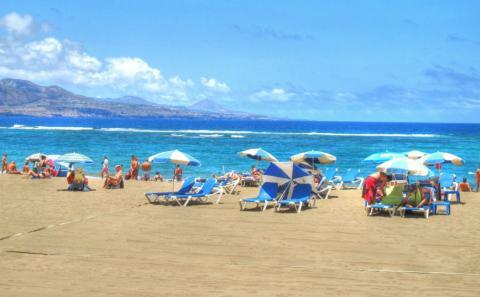 Paisaje de las Playa de las Canteras, en las Palmas de Gran Canarias.
