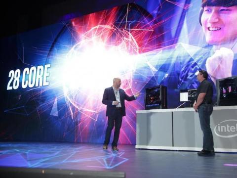 Presentación del procesador de 28 núcleos de Intel [RE]