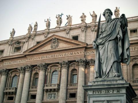 Fotografía de San Pedro del Vaticano, en Roma.