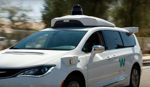 Waymo y Fiat crearán una flota de 62.000 furgonetas autónomas (RE)
