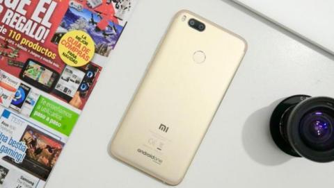 El Xiaomi Mi A1 durante el análisis de ComputerHoy