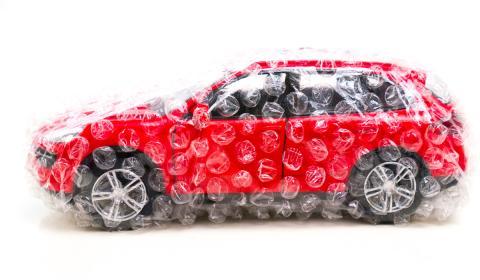 La multa por conducir un coche sin seguro es de 600 euros.