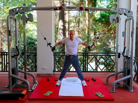 In 2015, Putin was photographed working out with Russian Prime Minister Dimitri Medvedev. Quartz reported that his Loro Piana silk and cashmere-blend sweatpants cost $1,425. Putin teamed this with a matching top, making the outfit