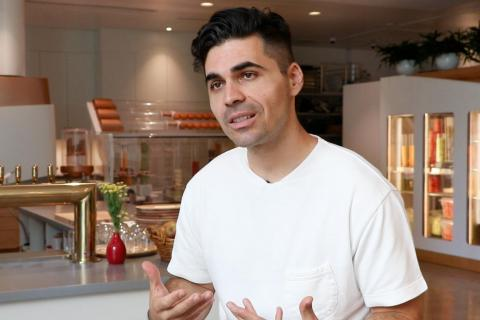 Alex Vardakostas, cofounder and CEO of Creator, said the company spends double-digit percentages more on ingredients than most burgers restaurants, because it saves on the cost of human labor.