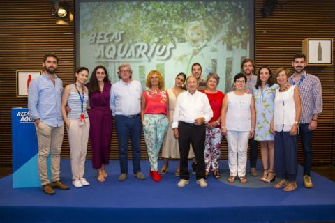 Finalistas y mentores de las Becas Aquarius, destinadas a promocionar proyectos de emprendimiento social para mayores de 60 años.