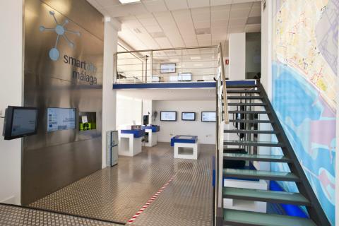 Un centro de control de la 'smart city' de Málaga gestionado por Endesa.