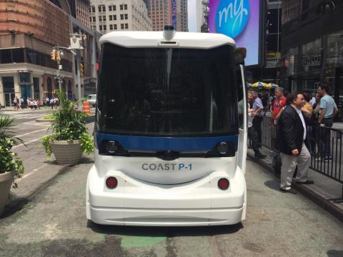 The Coast P-1 can either travel to predetermined stops or be hailed by users through an app.