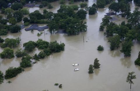 La crisis: Cambio climático y el futuro de la Humanidad sin combustibles fósiles