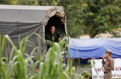 El ejército tailandés, preparando el rescate de los menores en una cueva
