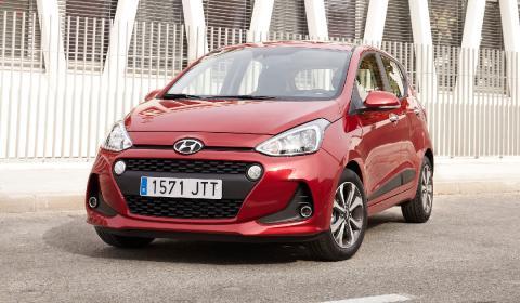 El Hyundai i10 lidera la clasificación entre los coches urbanos.