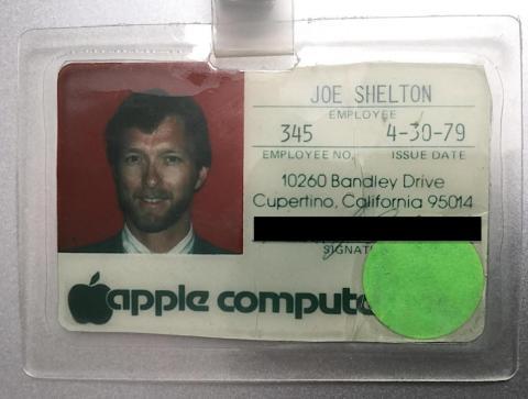 Aunque el número de empleados de Shelton era de 345, debido a la rotación de personal sólo había unas 100 personas en Apple cuando se incorporó en 1979.