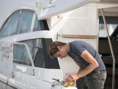 "But life on the high seas isn't all it's cracked up to be. Former yacht employee Lizzie Irving told The Guardian that luxury yacht crew members ""earn every cent. I found it unbelievably tough."""