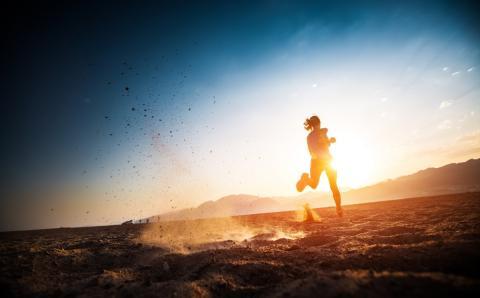 ¿Qué le pasa a tu cuerpo cuando haces running a más de 30 grados?