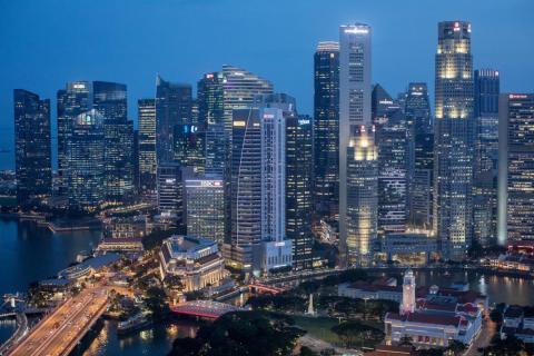 Singapur de noche.