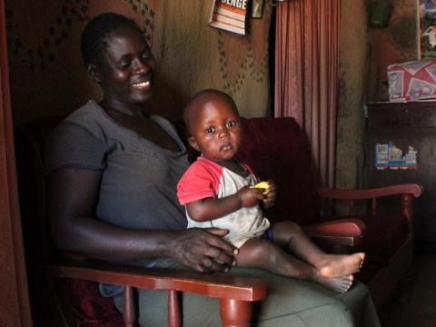 Miles de personas en el oeste de Kenia reciben 22 dólares al mes [RE]