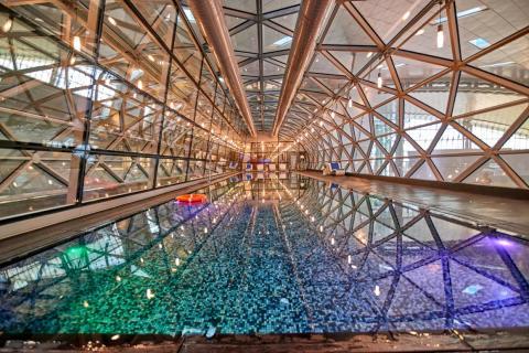 1. Hamad International Airport (Qatar) — Swimming pool