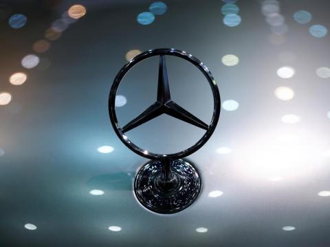 13. Mercedes-Benz EQS