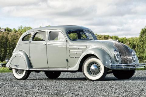 16 coches adelantados a su tiempo Chrysler Airflow