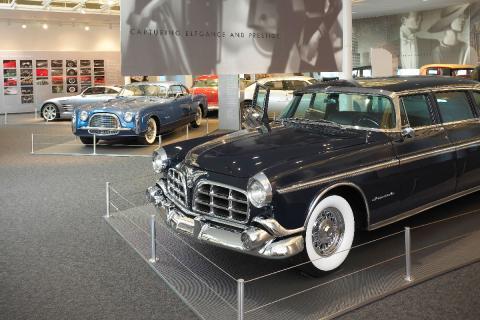 16 coches adelantados a su tiempo Chrysler Crown Imperial
