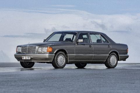 16 coches adelantados a su tiempo Mercedes Clase S
