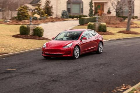 2. The range on the standard Model 3 is around 215 to 220 miles. The Model 3 Performance, like the long-range Model 3, can get up to 310 miles on a single charge.