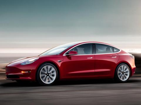 4. The standard Model 3 can accelerate from 0 to 60 miles per hour in just 5.1 seconds. The Model 3 Performance gets there faster, though, and can reach that speed in just 3.5 seconds.