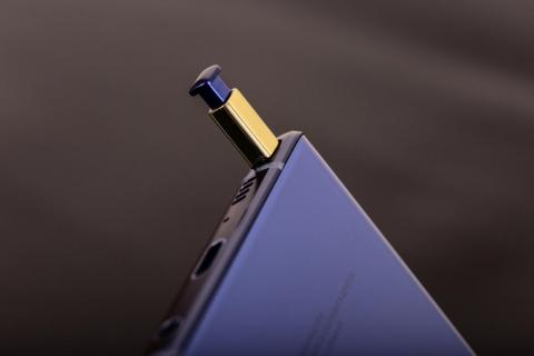 5. The Galaxy Note 9 features a useful accessory the Galaxy S9 doesn't have: the S Pen.